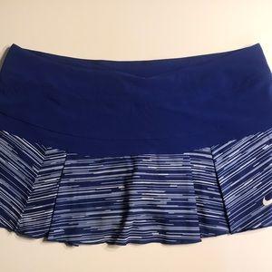 Nike Dri-Fit tennis or golf skort skirt size XL